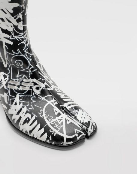 MAISON MARGIELA Graffiti Tabi boots Tabi boots & Ankle boots Man a