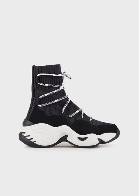 Sock sneakers with contrasting laces