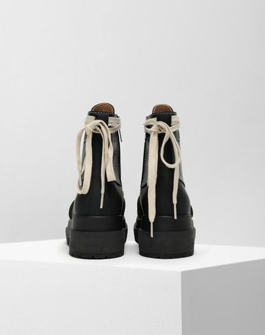 SHOES Spliced lace-up leather boots Black