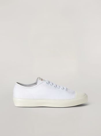 Marni Low-top sneakers in white cotton canvas Man f