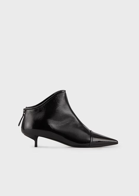 Pointed-toe, high-heeled ankle boots in patent leather