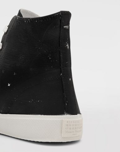 SHOES Tabi Craquelé high-top sneakers Black