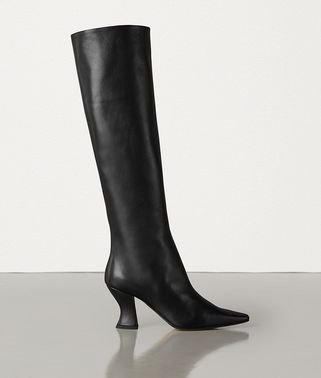 ALMOND BOOTS IN CALF