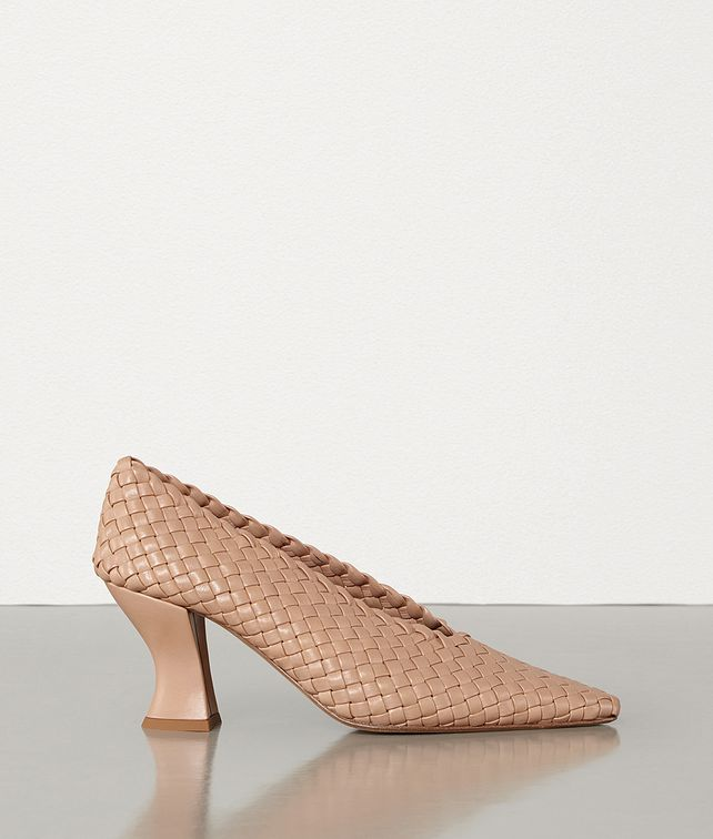 BOTTEGA VENETA ALMOND PUMPS Pump Woman fp