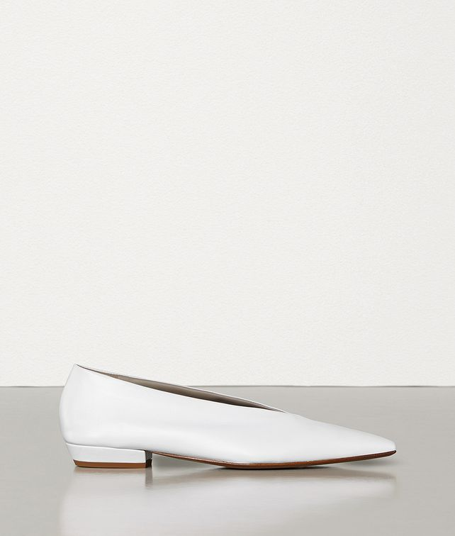 BOTTEGA VENETA ALMOND FLATS IN NAPPA Flat Woman fp