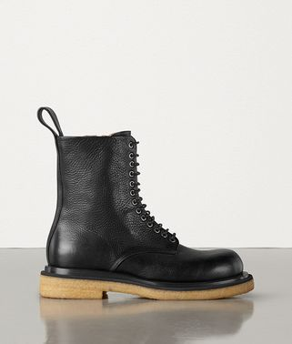 BOOTS IN GRAINY CALFSKIN