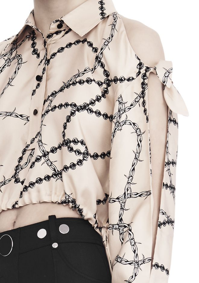 ALEXANDER WANG CROPPED BLOUSE WITH SLIT SHOULDERS AND BARBED WIRE PRINT  上衣 Adult 12_n_r