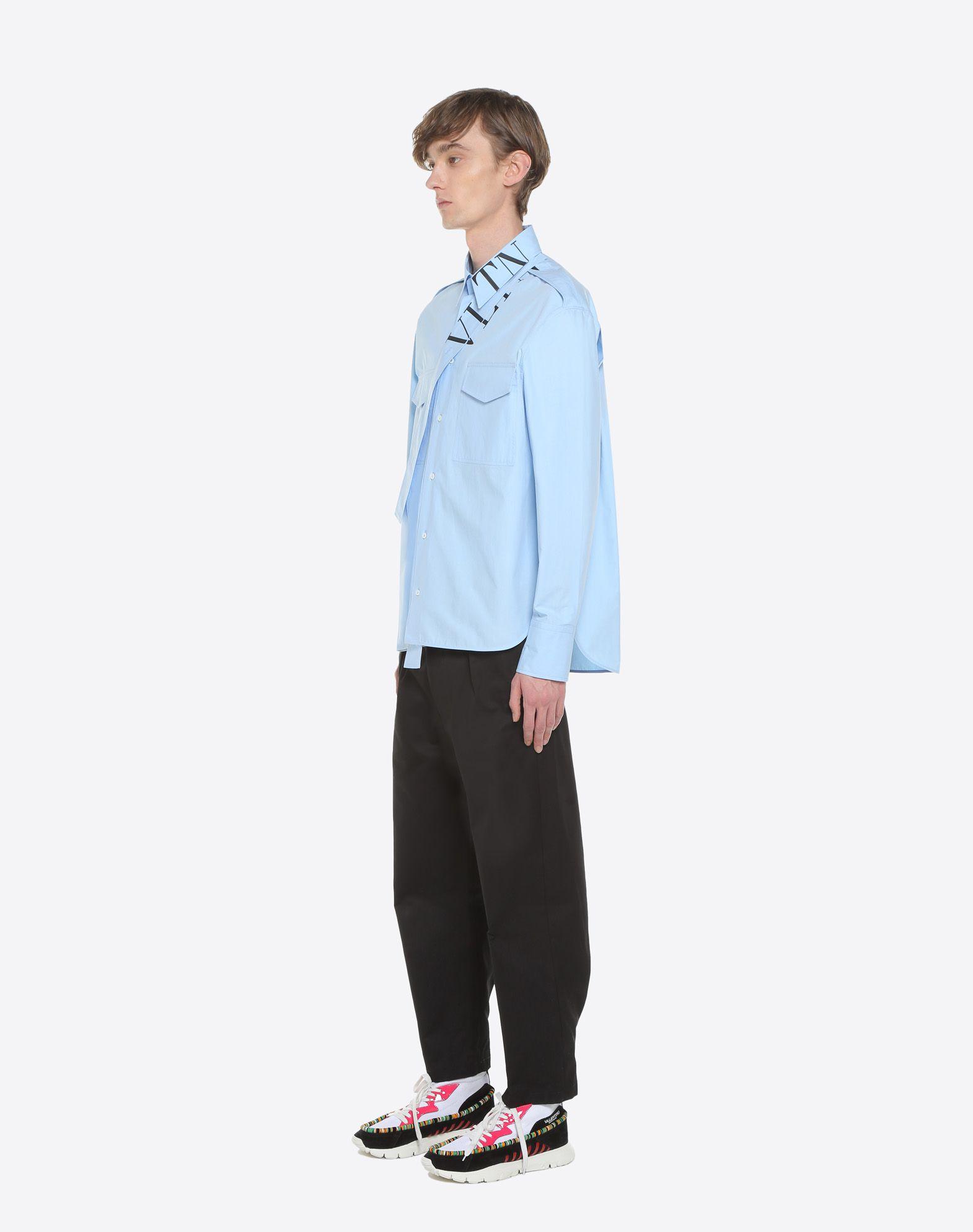 VALENTINO UOMO Camisa VLTN con fular en el cuello Camisa U d
