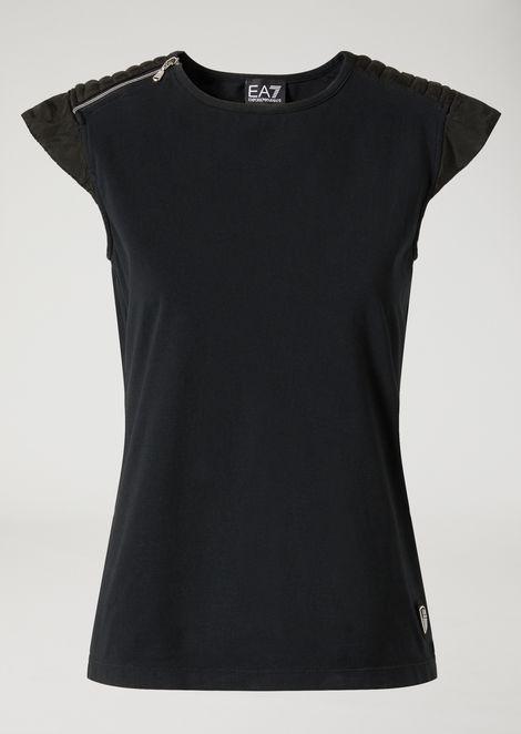 T-shirt in leggero woven cupro con inserto zip
