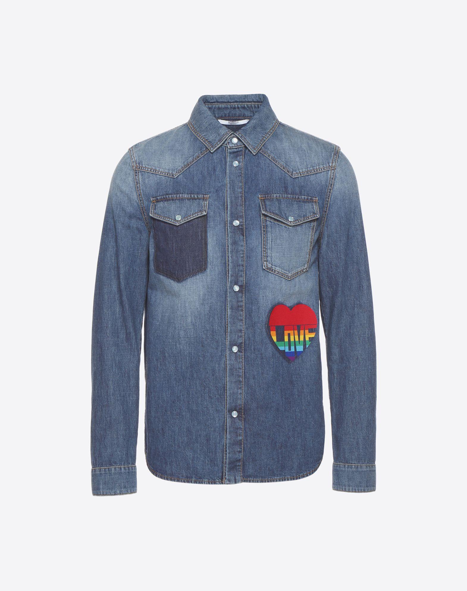 VALENTINO Denim Classic Neckline Snap button closure Dual chest pockets Long sleeves Print Faded  12176907vb