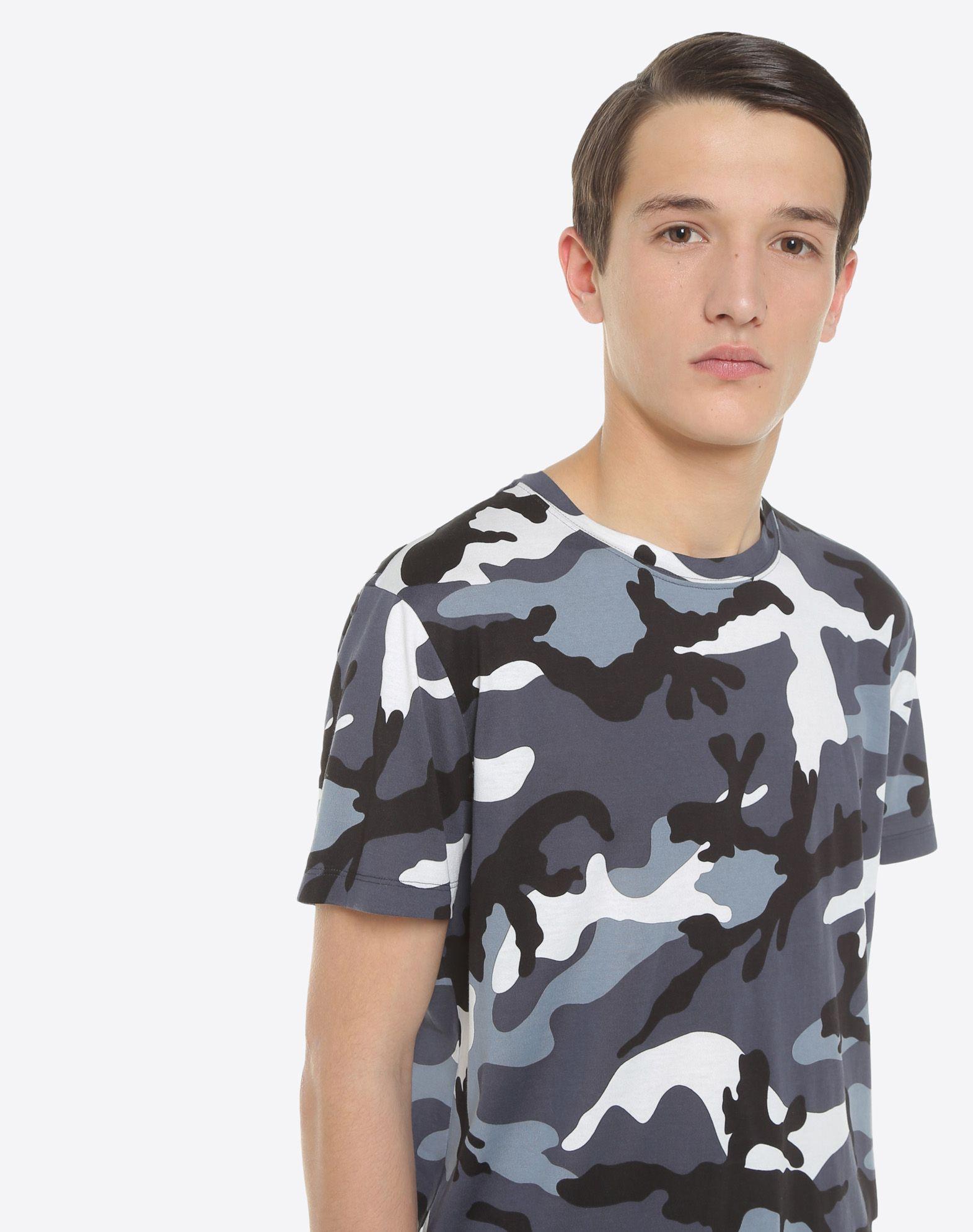 VALENTINO UOMO Camouflage-print T-shirt T-shirt U a