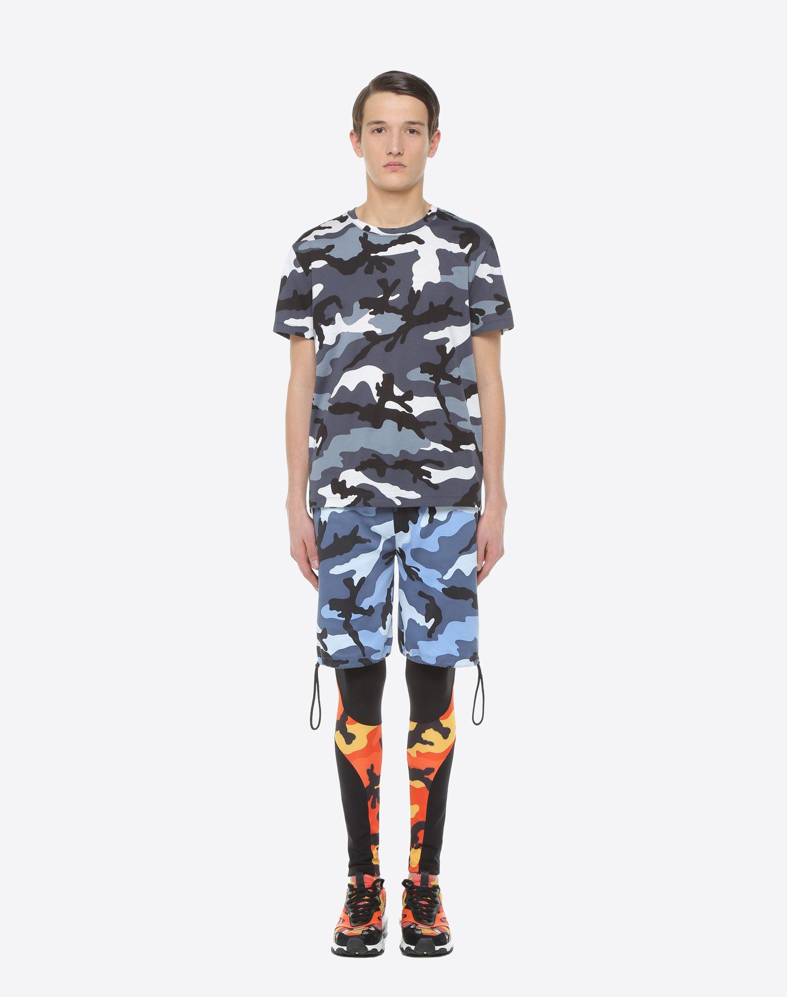 VALENTINO UOMO Camouflage-print T-shirt T-shirt U r