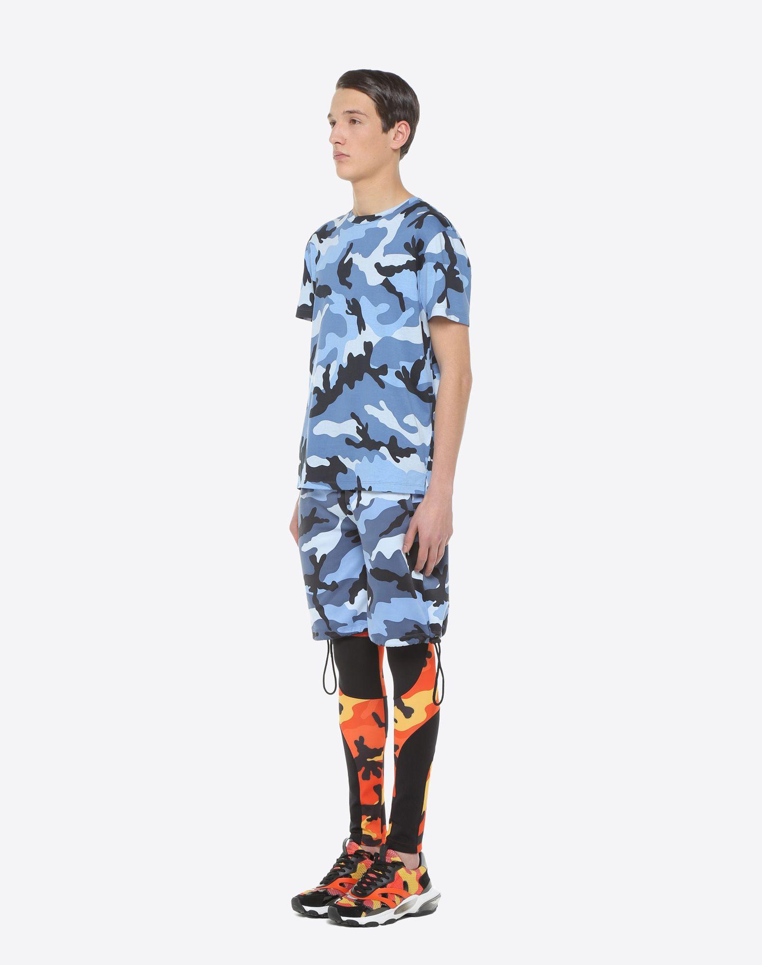 VALENTINO UOMO Camouflage-print T-shirt T-shirt U d