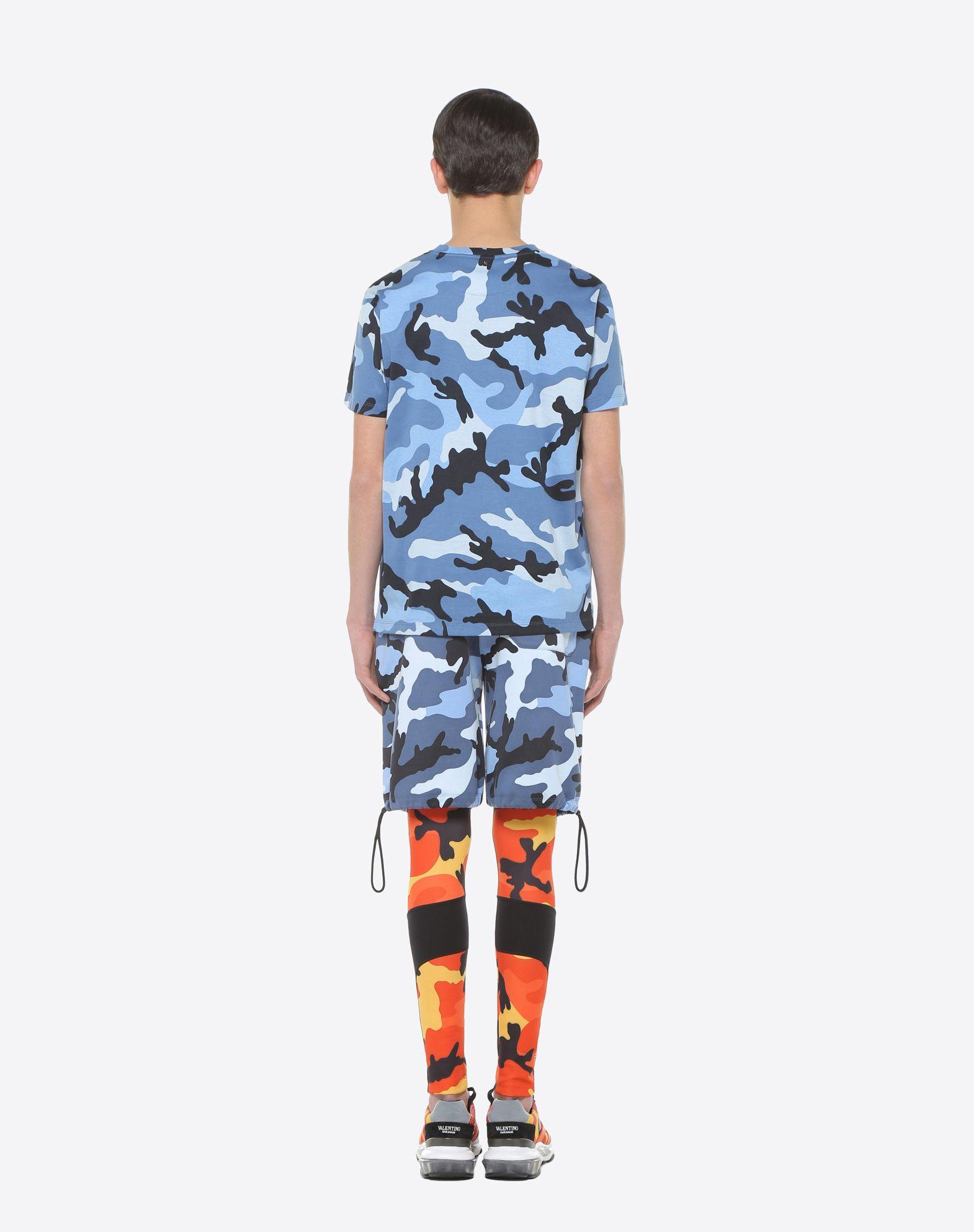 VALENTINO UOMO Camouflage-print T-shirt T-shirt U e