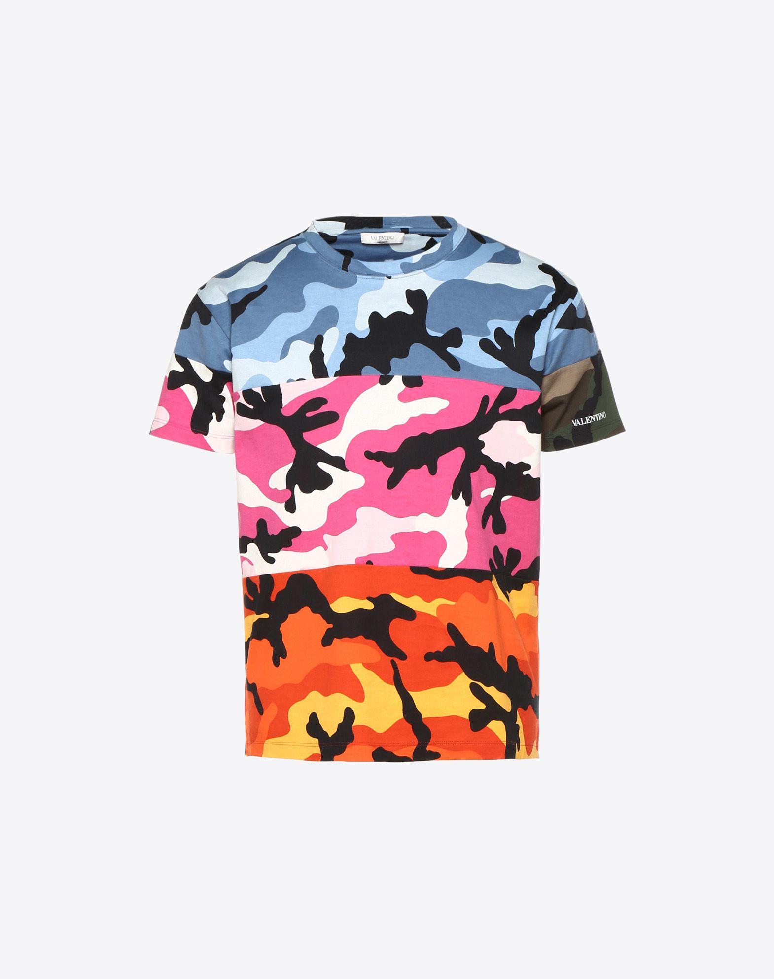 VALENTINO Logotipo Punto jersey Estampado militar Cuello redondo Bajo con aberturas laterales Manga corta  12177573ww