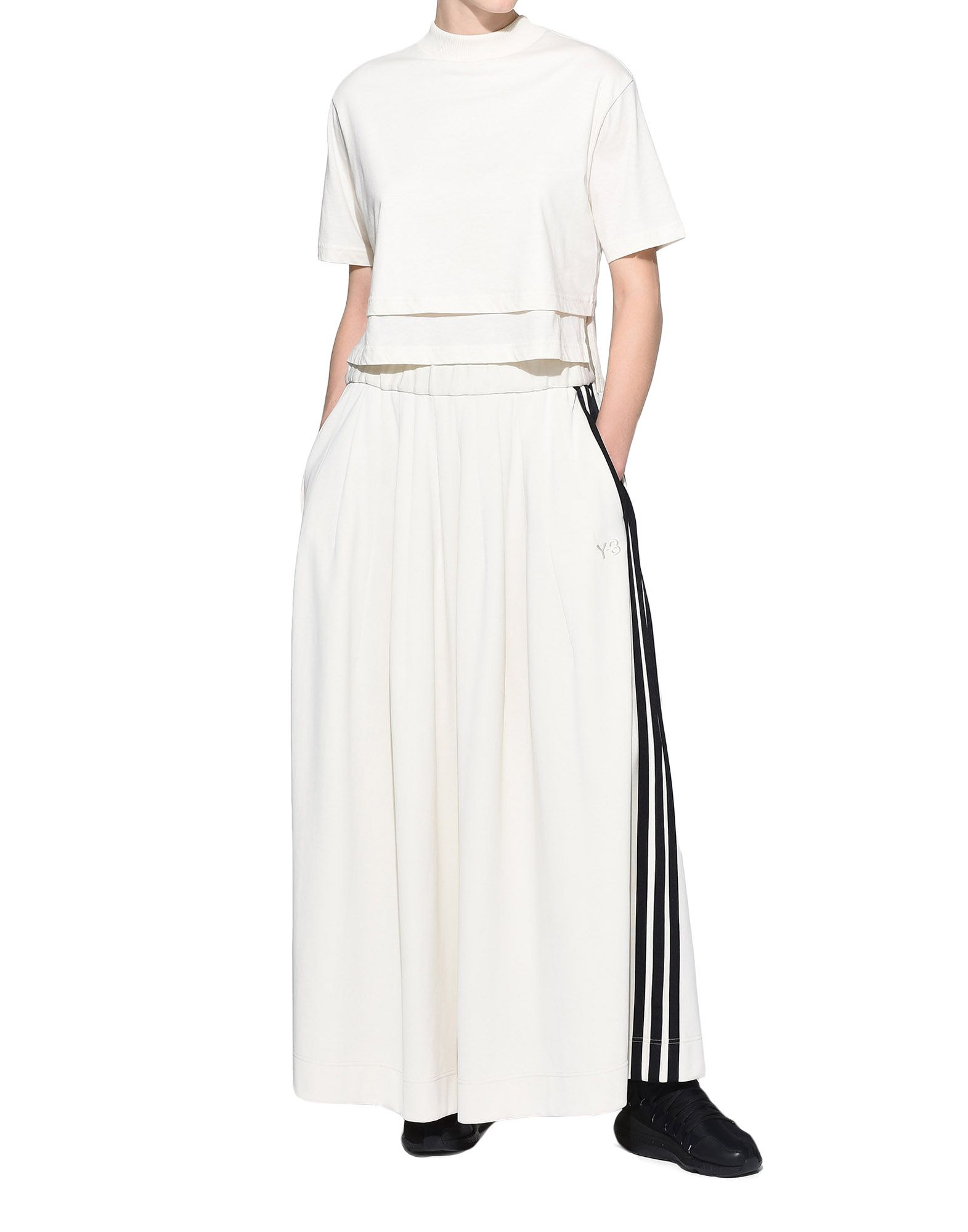Y-3 Y-3 Stacked Logo Cropped Tee Short sleeve t-shirt Woman a