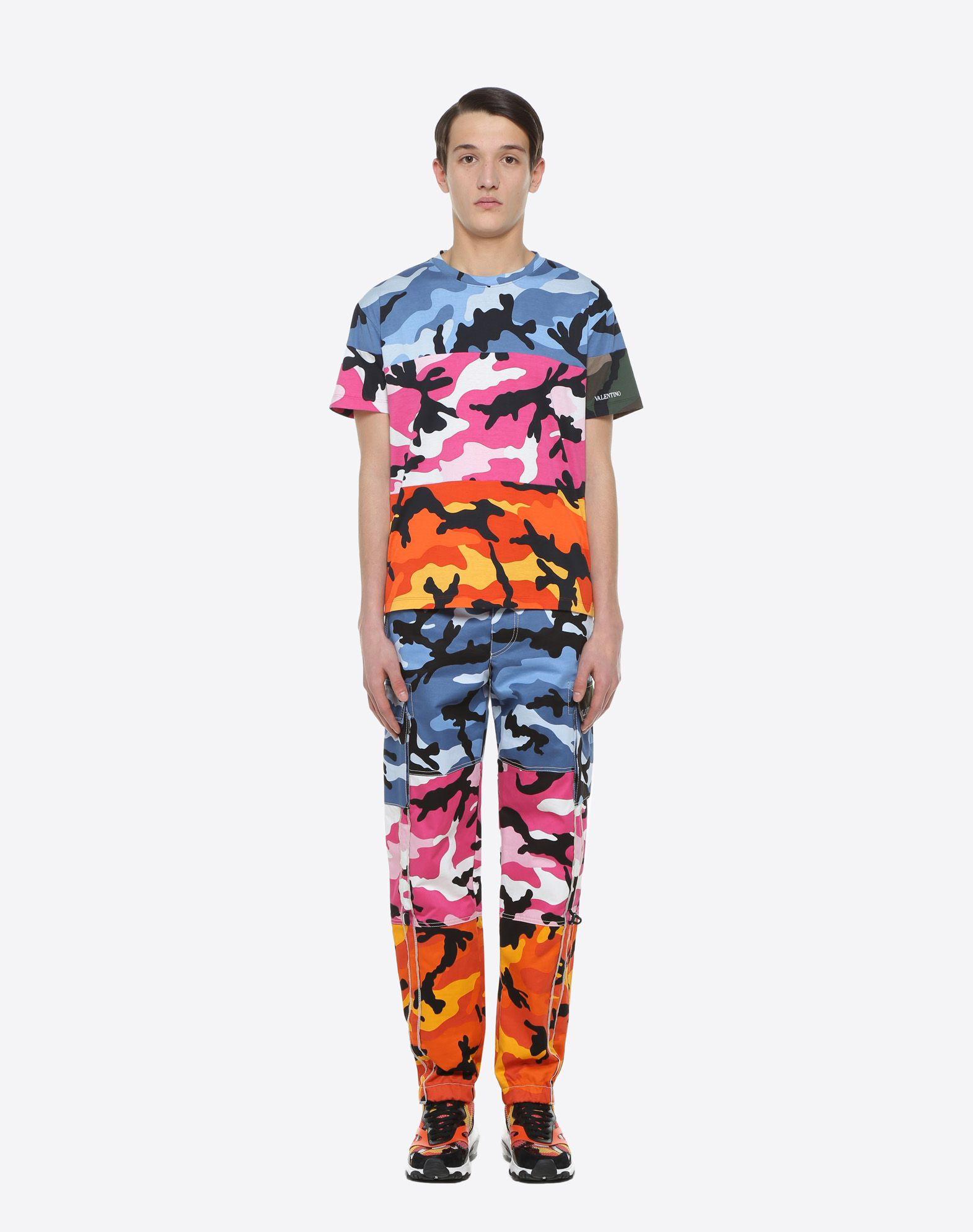 VALENTINO CamoushuffleT-shirt  T-shirt U r