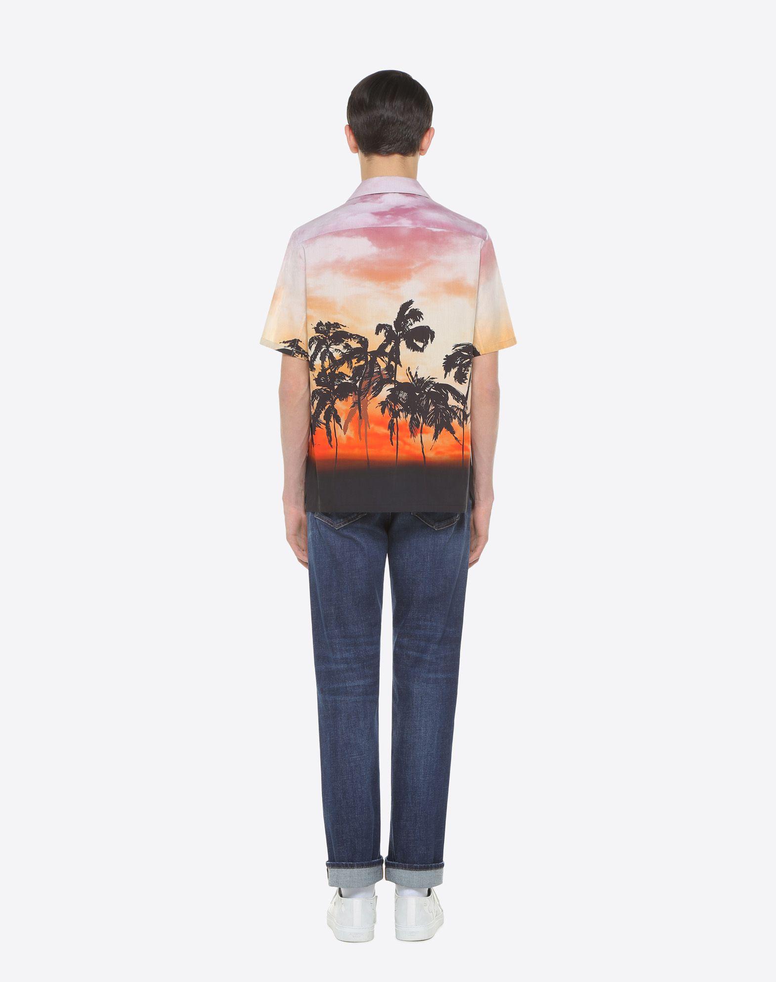 VALENTINO UOMO Camisa de bolos con estampado de flores y parche Camisa U e