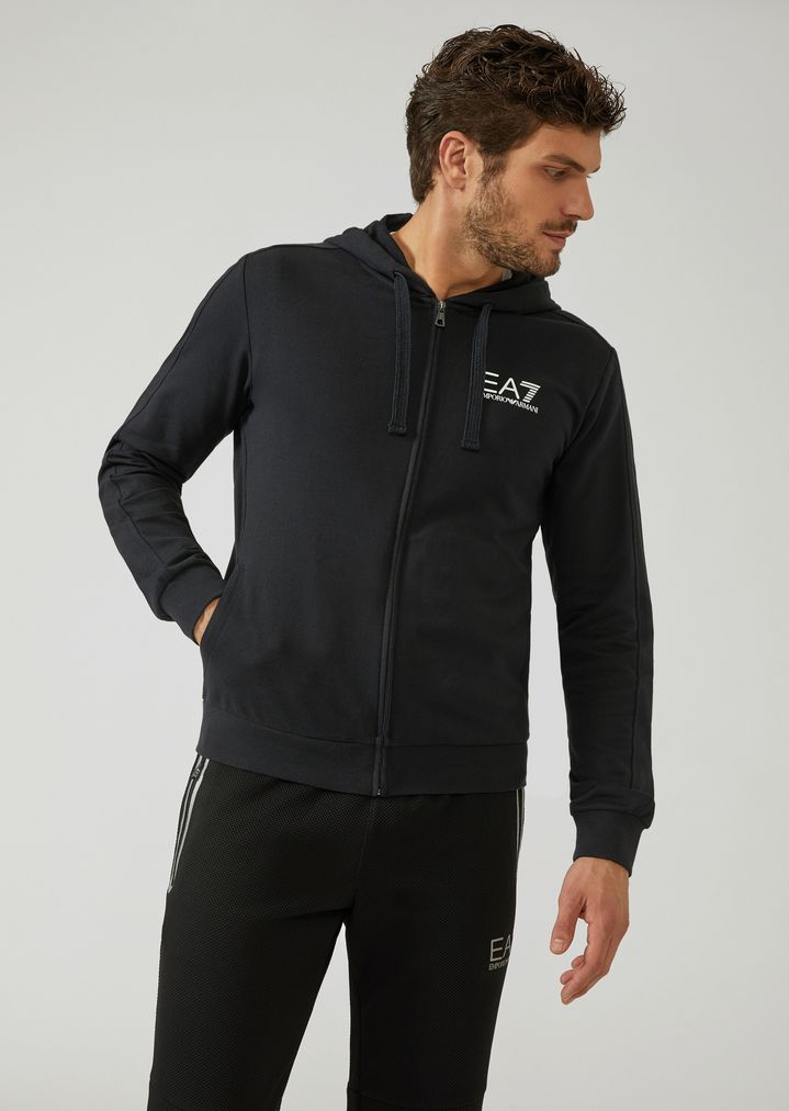01b971bbe312b6 Train Core hooded sweatshirt | Man | Ea7