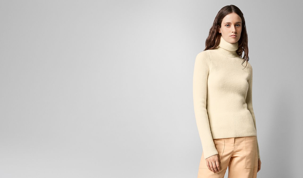 sweater in cashmere  landing
