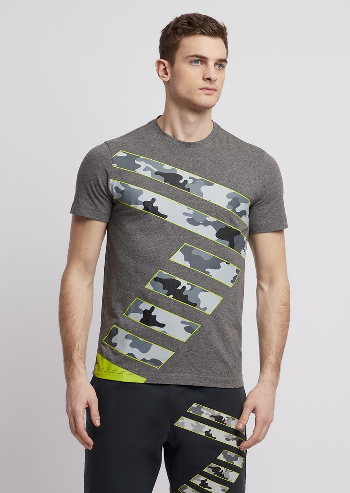 3e2495f1a1 T-shirt in stretch cotton with camouflage logo