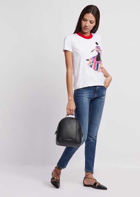 T-shirt in jersey with colored print and contrast collar