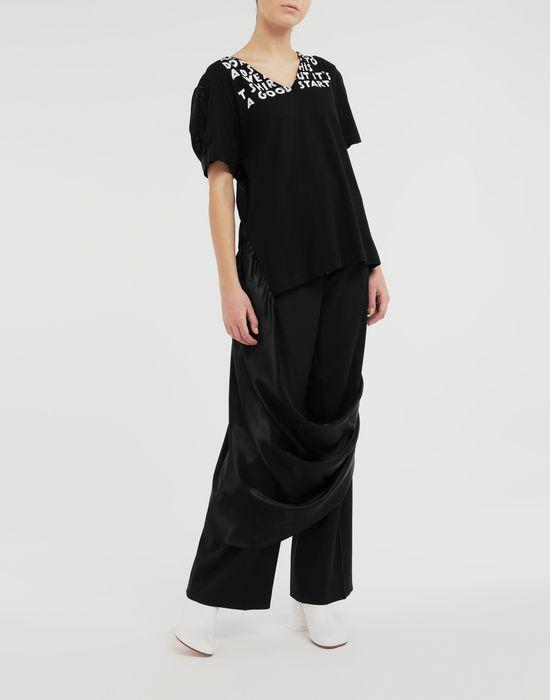 MM6 MAISON MARGIELA AIDS Charity asymmetrical T-shirt Short sleeve t-shirt [*** pickupInStoreShipping_info ***] d