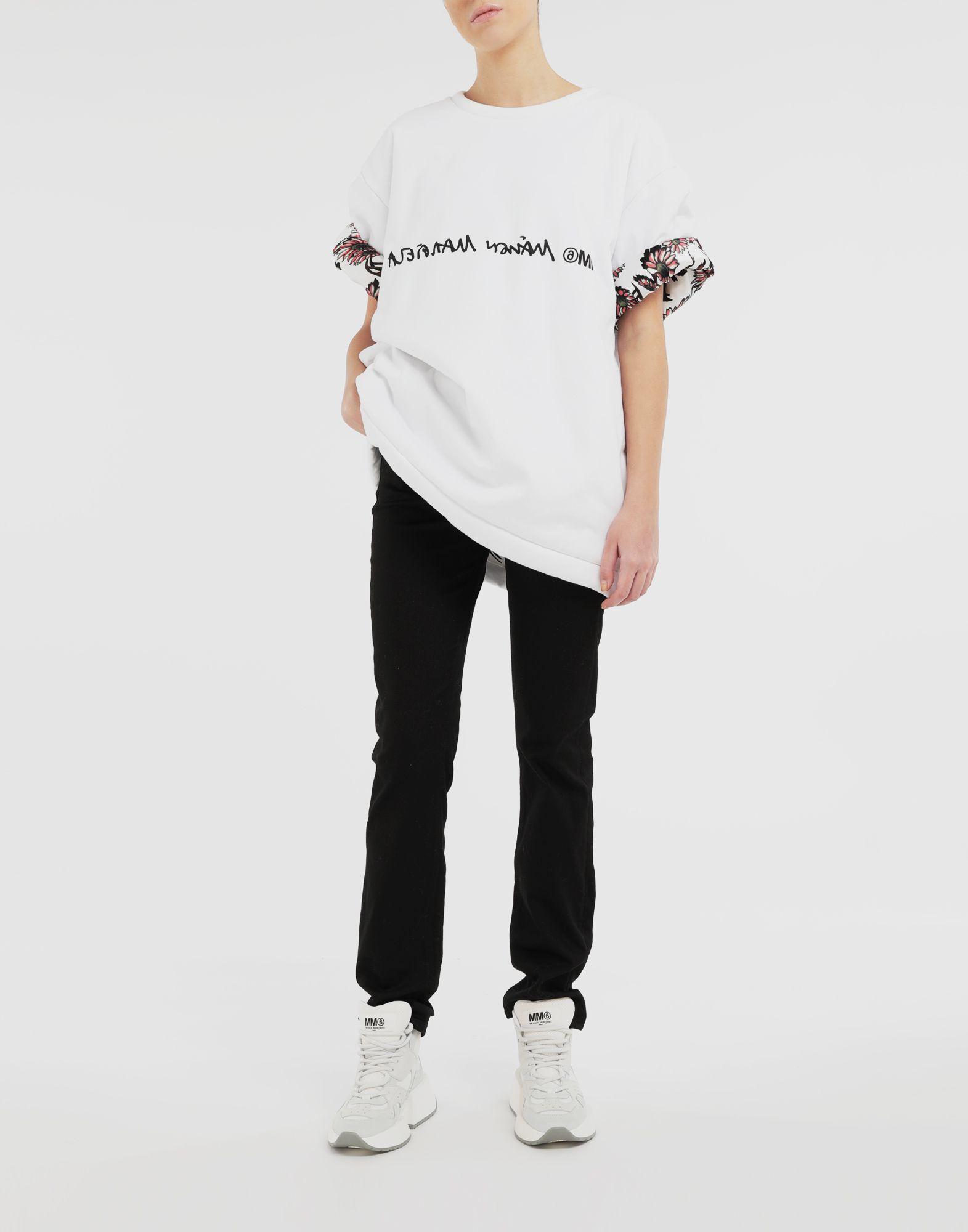 MM6 MAISON MARGIELA Wendbares Logo-T-Shirt Kurzärmliges T-Shirt Dame d