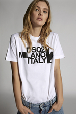 DSQUARED2 DSQ2 Milano Italy T-Shirt Short sleeve t-shirt Woman