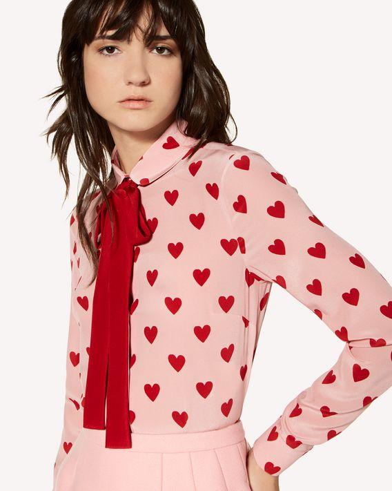 REDValentino Camisa de seda con estampado de corazones