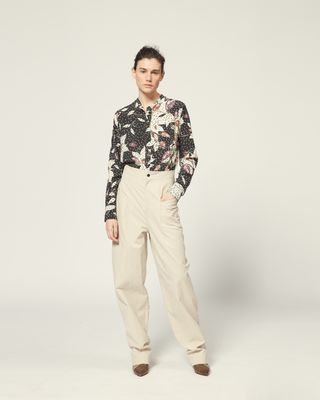 Printed silk shirt Long sleeves Round collar with front button tab Chest patch pocket