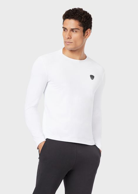 Long-sleeve garment with logo