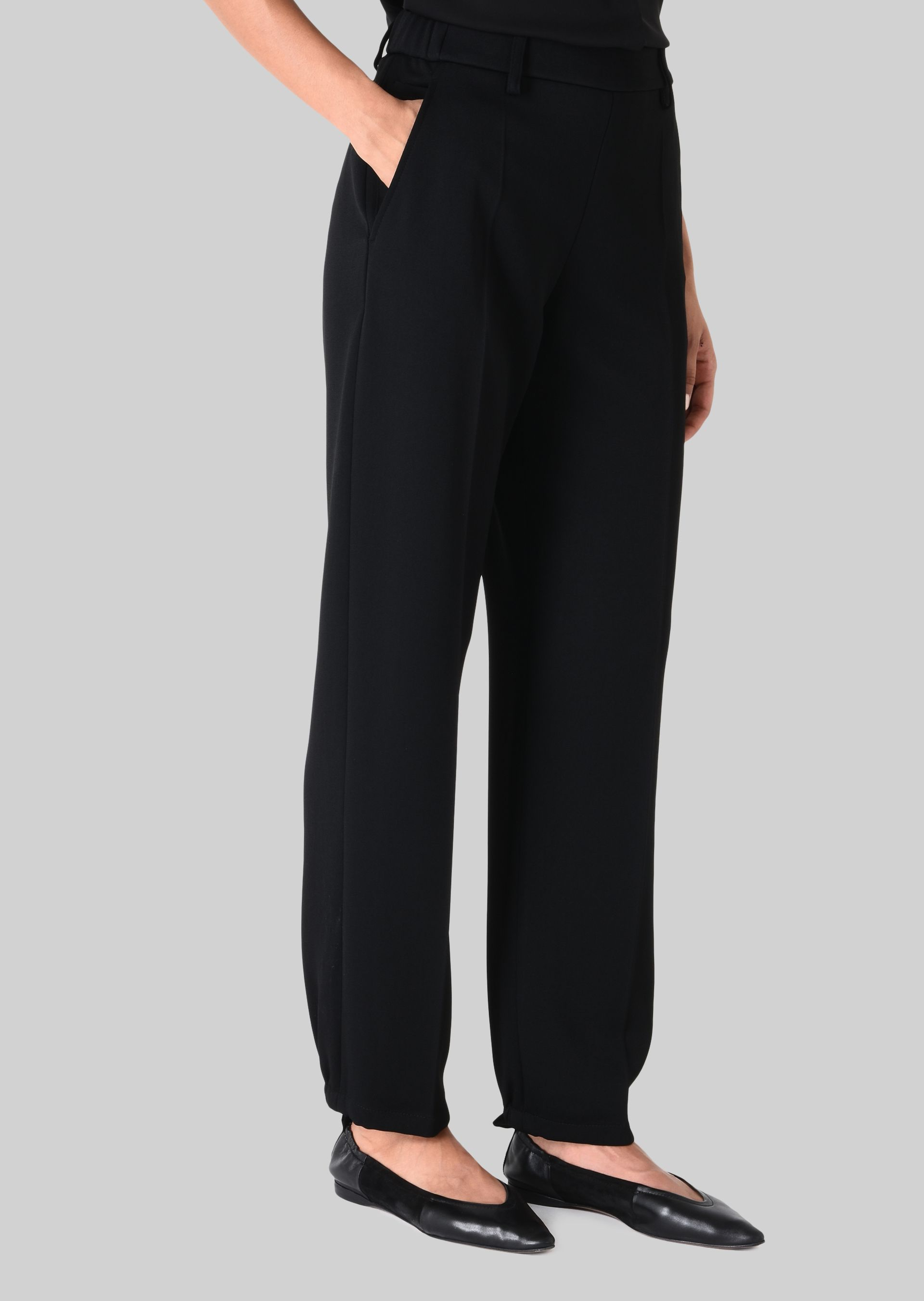 GIORGIO ARMANI CLASSIC TROUSERS IN TECHNICAL FABRIC Pants D d