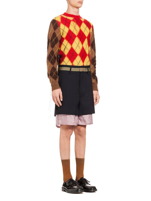 ca213c817a MARNI Bermudas Hombre Pantalones cortos tipo patchwork de lana tropical a
