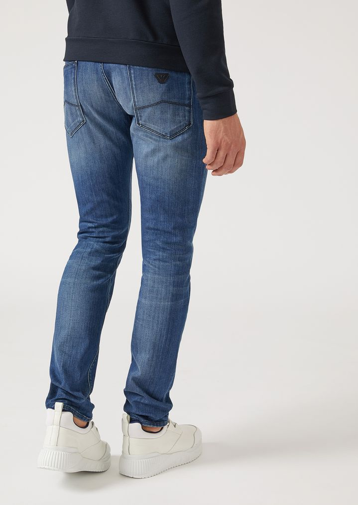 d85d5398120 J06 SLIM-FIT JEANS IN STONE WASHED DENIM