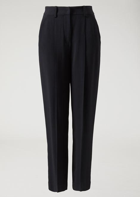 Pantalón de cady con pinzas en la cintura