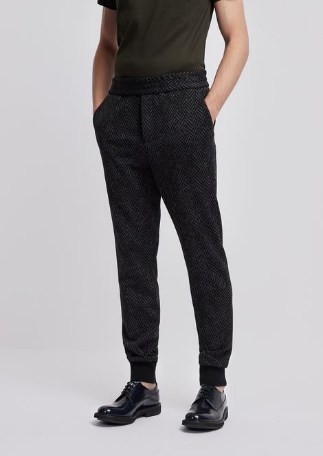 Jogging trousers in jersey with geometric pattern