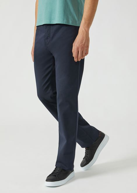 Regular fit trousers in stretch cotton gabardine