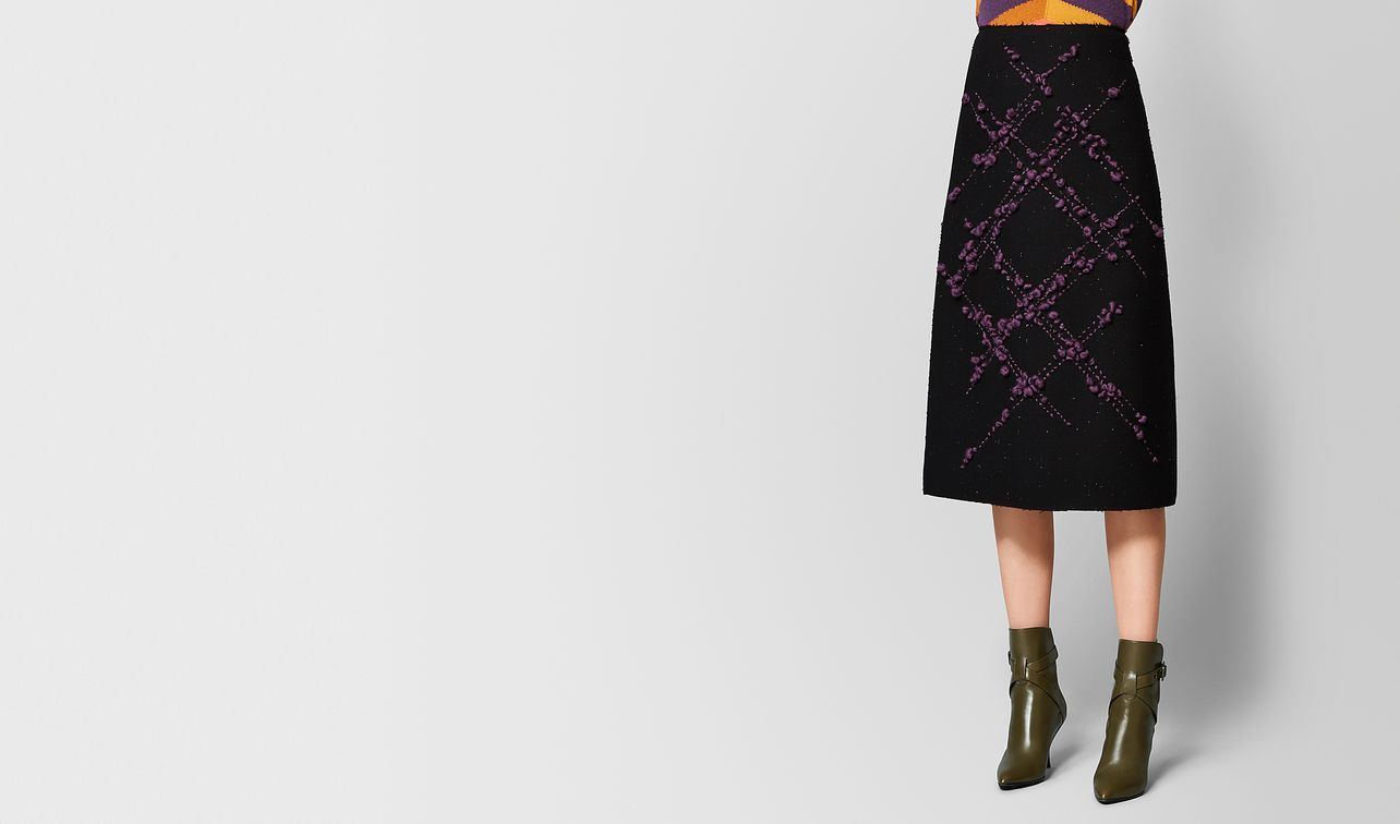 nero/grape wool skirt landing