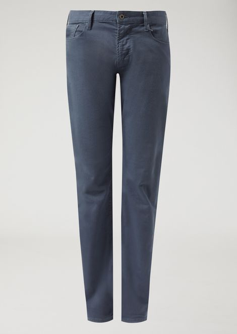Slim fit J06 jeans in garment-dyed stretch cotton bull