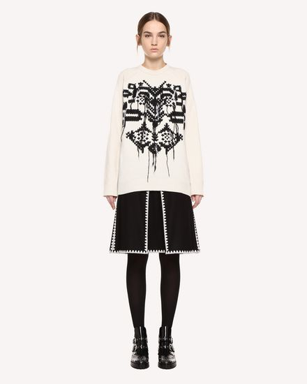 Skirt in Wool Cloth with Ornamental Frame embroidery