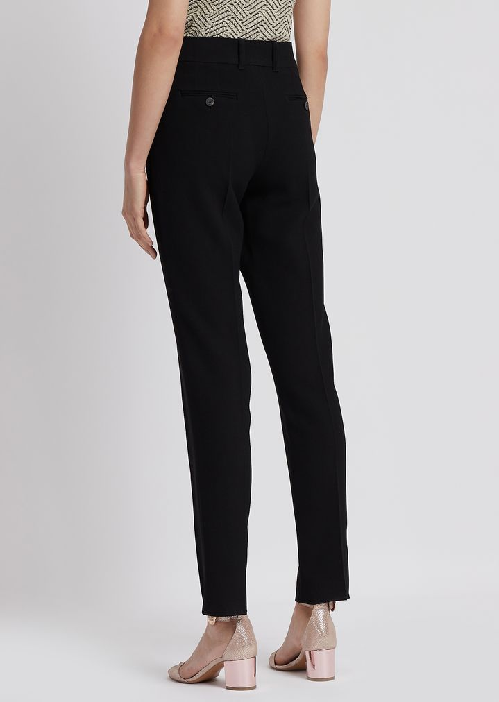 59de986776 Cropped pants in textured fabric