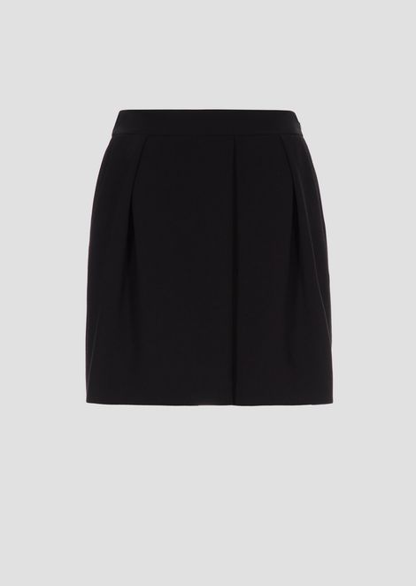 Crepe shorts with pleats and stretch back waist