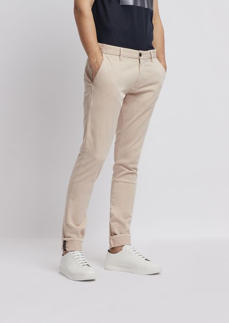 Pants in garment-dyed cotton stretch