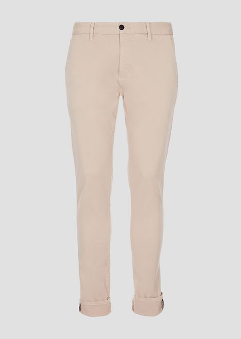 Trousers in garment-dyed cotton stretch