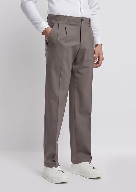Stretch wool pants with front pleats