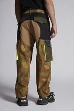 DSQUARED2 Cotton And Camouflage Mixed Combat Pants With Neon Sport Details  Брюки Для Мужчин