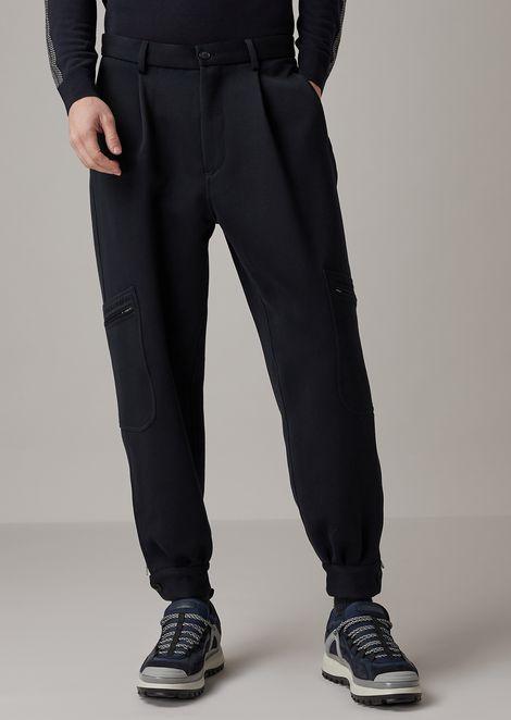 Pantalones de corte holgado en dril de doble cara lavado y secado en prenda