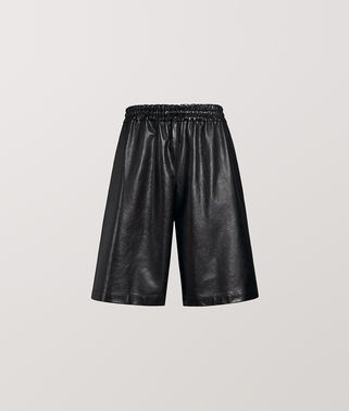 SHORT IN CALF LEATHER
