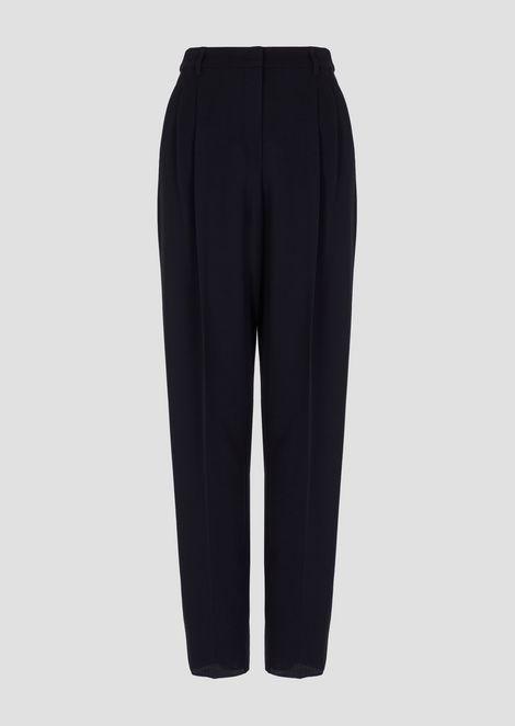 Pantalones de crepé de lana elástica con pinzas